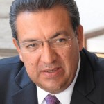 """Debe valorarse la decisión y responsabilidad del mandatario con licencia y """"hacemos votos por su pronta recuperación"""" dijo Lázaro Medina"""