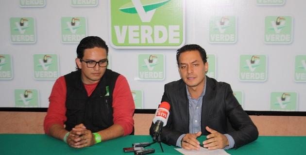 """""""La educación no puede estar secuestrada por líderes que no quieren a México"""": Sanata González"""