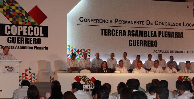 En el encuentro participó el gobernador de Guerrero, así como el subsecretario de la Secretaría de Gobernación y el titular de la PGR