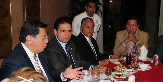 Aureoles Conejo planteó la importancia de mantener una relación respetuosa entre los legisladores federales y el titular del Ejecutivo estatal