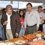 En la Plaza Valladolid panaderos michoacanos muestran sus productos