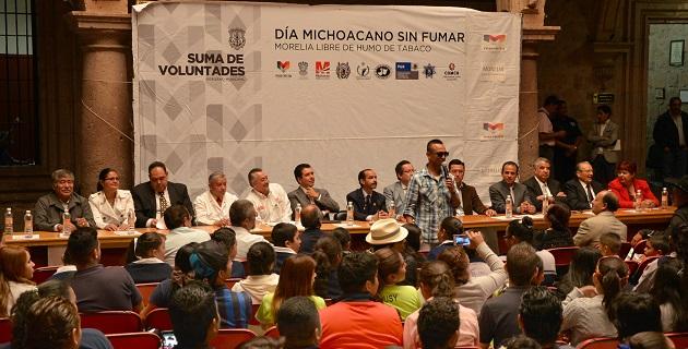 Conmemoran en morelia el d a michoacano sin fumar a for Cuarto dia sin fumar