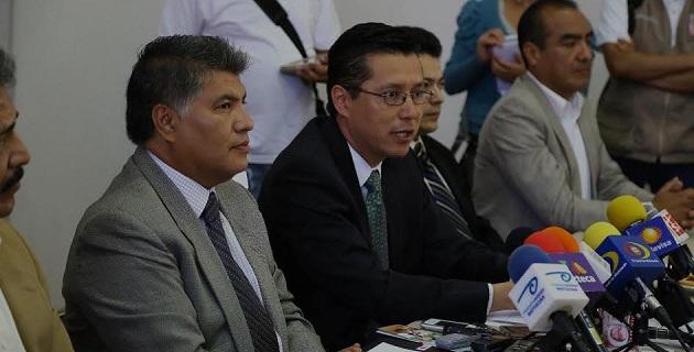 Cabe mencionar que el COPREVEEM atiende a la población en general mediante los correos electrónicos Copreveem@michoacan.gob.mx y copreveem@gmail.com, o bien en la lada sin costo: 01-800-831-5230