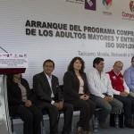 """""""El gobierno federal y el gobierno del estado tienen la voluntad y el compromiso de trabajar por los adultos mayores"""": Alfredo Castillo, Comisionado para la Seguridad y el Desarrollo Integral de Michoacán"""