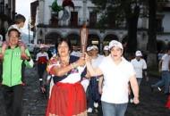 El municipio de Pátzcuaro, recibió por la noche la antorcha DSISO, y para ello se dieron cita autoridades como Jorge Pita, encargado de despacho de Pátzcuaro
