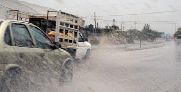 Se exhorta a la población a continuar atenta a los avisos que emiten el SMN, Protección Civil y autoridades estatales y municipales