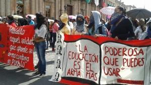 Persiste la demanda de presuntos estudiantes de escuelas normales de Michoacán por obtener plazas automáticas para sus egresados