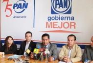 Miguel Ángel Chávez se congratuló por el esfuerzo del Ayuntamiento y Cabildo de Zamora por consolidar el proyecto de un nuevo centro comercial que generará 800 empleos directos y mil 400 indirectos dentro de la economía formal