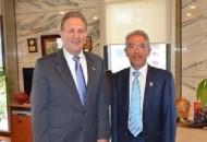 Ambos funcionarios comprometieron futuras reuniones para lograr proyectos conjuntos en concreto