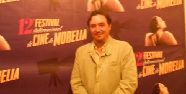 Al término de una tensa y atiborrada rueda de prensa pudimos platicar acerca de estos primeros doce años de festival con Cuauhtémoc Cárdenas Batel, vicepresidente del FICM desde su primera edición. Aquí lo que nos contó