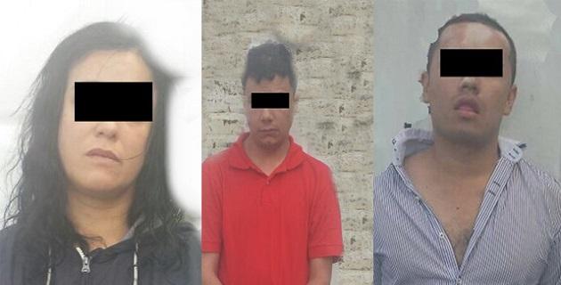 Ante el Ministerio Público Federal fueron puestos a disposición Oscar Javier M., Magdalena P. y Carlos Andrés C., de 33, 36 y 23 años de edad, respectivamente; los tres nacidos en Bogotá, Colombia