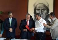 Wilfrido Lázaro fue el encargado de dar la bienvenida a sus homólogos y representantes de los municipios de Uruapan, Maravatío, Pátzcuaro, Peribán, Tarímbaro, Apatzingán, Jacona, La Piedad, Zitácuaro, Sahuayo y Yurécuaro