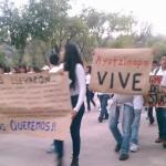 Con movilizaciones y bloqueos, normalistas y otros grupos radicales exigen la aparición inmediata de 43 estudiantes desaparecidos en Iguala hace mes y medio