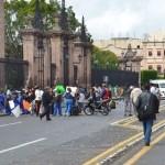 El tránsito vehicular se encuentra bloqueado en la Avenida Madero desde su cruce con Avenida Morelos hasta el cruce con la calle Abasolo (FOTO: ALTORRE.COM.MX).
