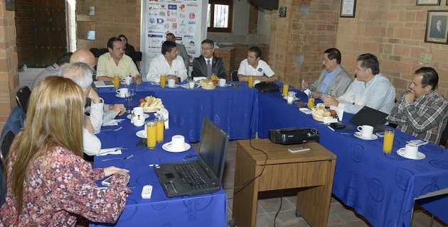 Los integrantes de la AIEMAC coincidieron en decir que además del sector cultural, comercial o turístico, el sector industrial es un área de oportunidades en Morelia, por lo que se debe fortalecer la infraestructura de la zona