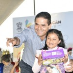 El mandatario michoacano recalcó que esta fecha del Día de Reyes 2016, es propicia para reflexionar sobre lo que necesitamos hacer para que nuestros niños y niñas estén bien