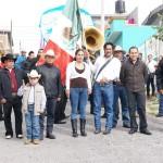 Los festejos iniciaron con un desfile en donde participaron las diferentes escuelas que se encuentran en la zona el cual fue encabezado por el secretario Jesús Ávalos, el regidor Salvador Arvizu y autoridades locales