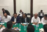 En el encuentro los alcaldes ratificaron su disposición para trabajar coordinadamente con el Gobierno de la República y Gobierno del Estado