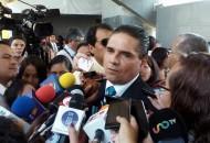 """Aureoles Conejo indicó que hay al menos seis o siete líderes de civiles armados, entre ellos """"El Americano"""", que ya cuentan con órdenes de aprehensión (FOTO: MARIO REBO)"""
