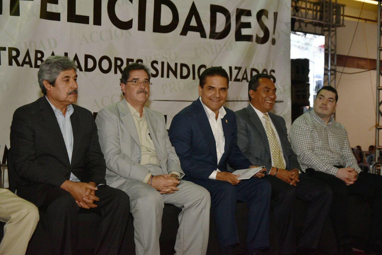 Aureoles Conejo señaló que se está dando puntual seguimiento a los temas pendientes con el STASPE, uno de ellos es el proceso de negociación que está en marcha para revisar sus condiciones de trabajo