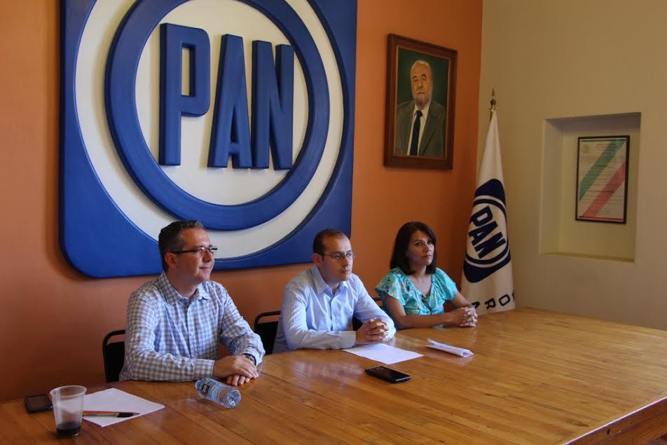 Hinojosa Pérez recalcó la importancia de que el partido esté cercano a la gente, que trabaje por ella siempre y no sólo busque a la sociedad en tiempos electorales