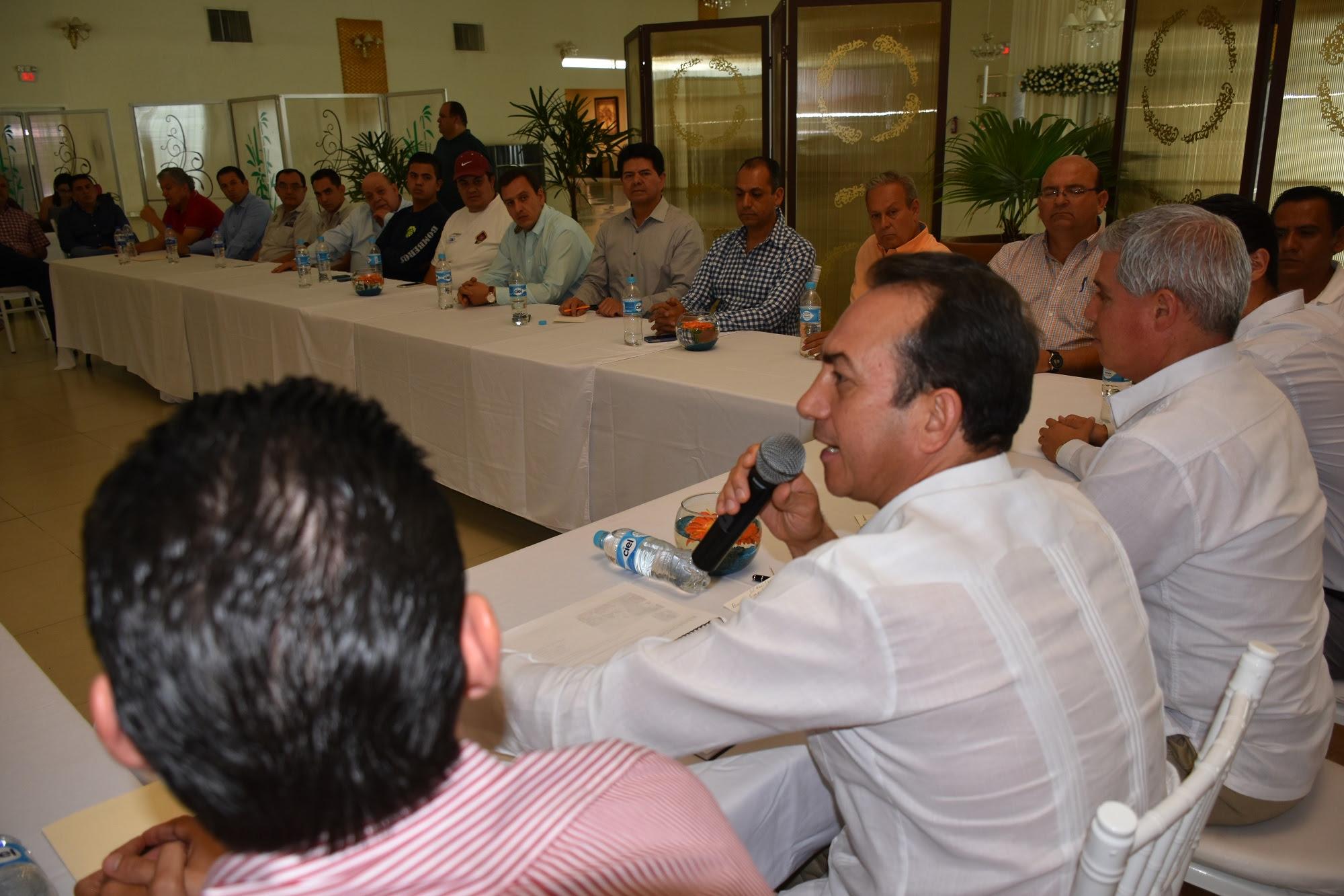 Lo anterior fue dado a conocer por el titular de la Sedeco, Antonio Soto Sánchez, durante una gira de trabajo en la cual se reunió con autoridades municipales y empresarios de todas las ramas y sectores