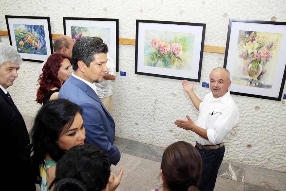 Invitado por la Secretaría de Difusión Cultural y Extensión Universitaria, entre los años de 1984 al 2012, Aldo Martín González ha participado en más de 40 exposiciones colectivas