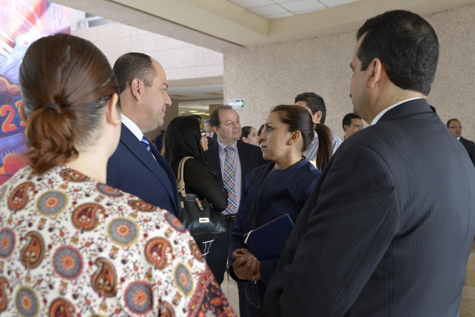 La presidenta de Asuntos Electoral del Congreso de Michoacán aplaudió al IEM su iniciativa al realizar el primer Diplomado en Derecho Electoral