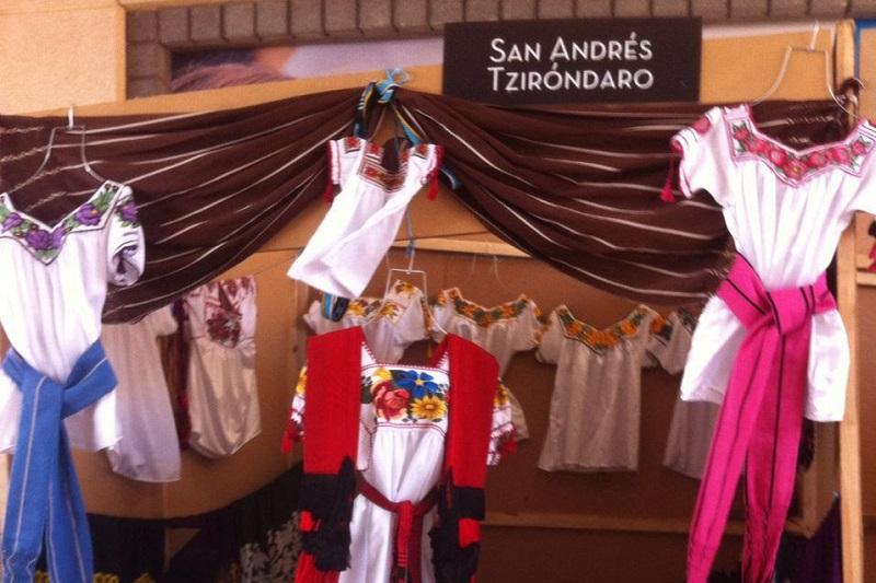 Situado en la Plaza Comercial Altozano de la ciudad capital, este esfuerzo pretende posicionar entre el gusto de los visitantes y clientes de esta zona, las artesanías hechas por las manos de productores de comunidades del estado