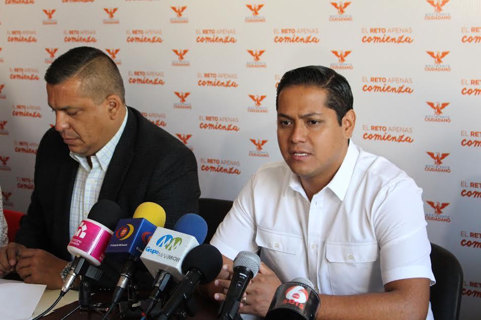 Moncada Sánchez, dijo que con la negativa del Gobierno Federal, a través de la Secretaría de Gobernación (SEGOB), para el traslado del doctor Mireles, lo que se está haciendo es obstaculizar el proceso que enfrenta Mireles Valverde