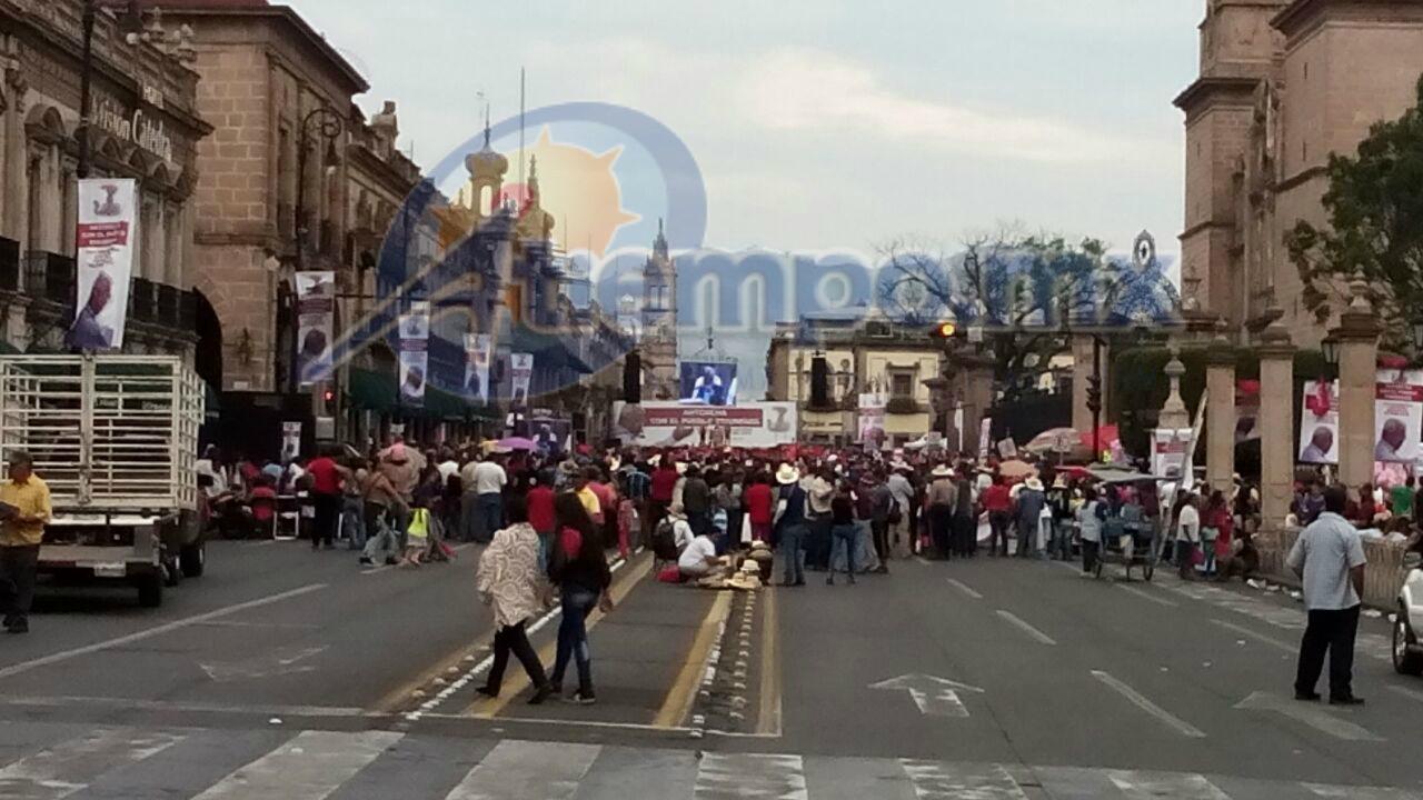 Cerradas la Avenida Madero, las calles Morelos, Benito Juárez, Abasolo, Giuillermo Prieto y Allende, entre otras (FOTOS: MARIO REBO).