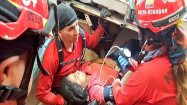 Según el vicepresidente, hasta el momento se han registrado 189 réplicas de diversa intensidad del terremoto, que se produjo a las 18:58 hora local del sábado (23:58 GMT), entre los balnearios costeros de Cojimíes y de Pedernales