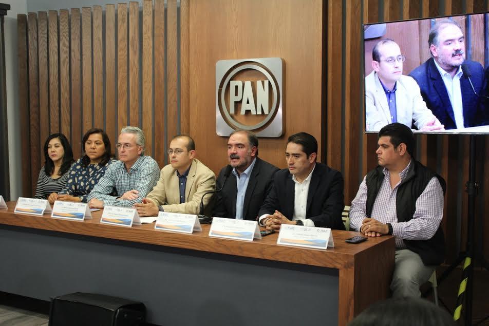 Hinojosa Pérez refirió que se trabaja de manera coordinada con los funcionarios locales en temas de transparencia, rendición de cuentas así como de gestión de recursos a la sociedad