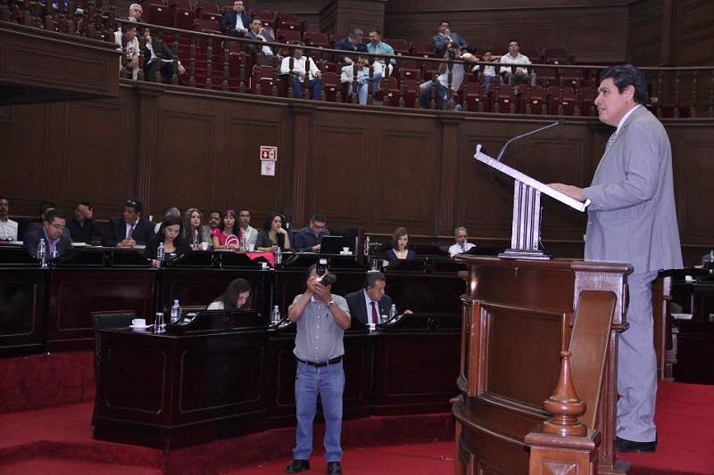 La propuesta plantea adelantar un mes la presentación de la Cuenta Pública de la Hacienda Estatal, para que sea el 31 de marzo y no el 30 de abril como se prevé en la legislación actual