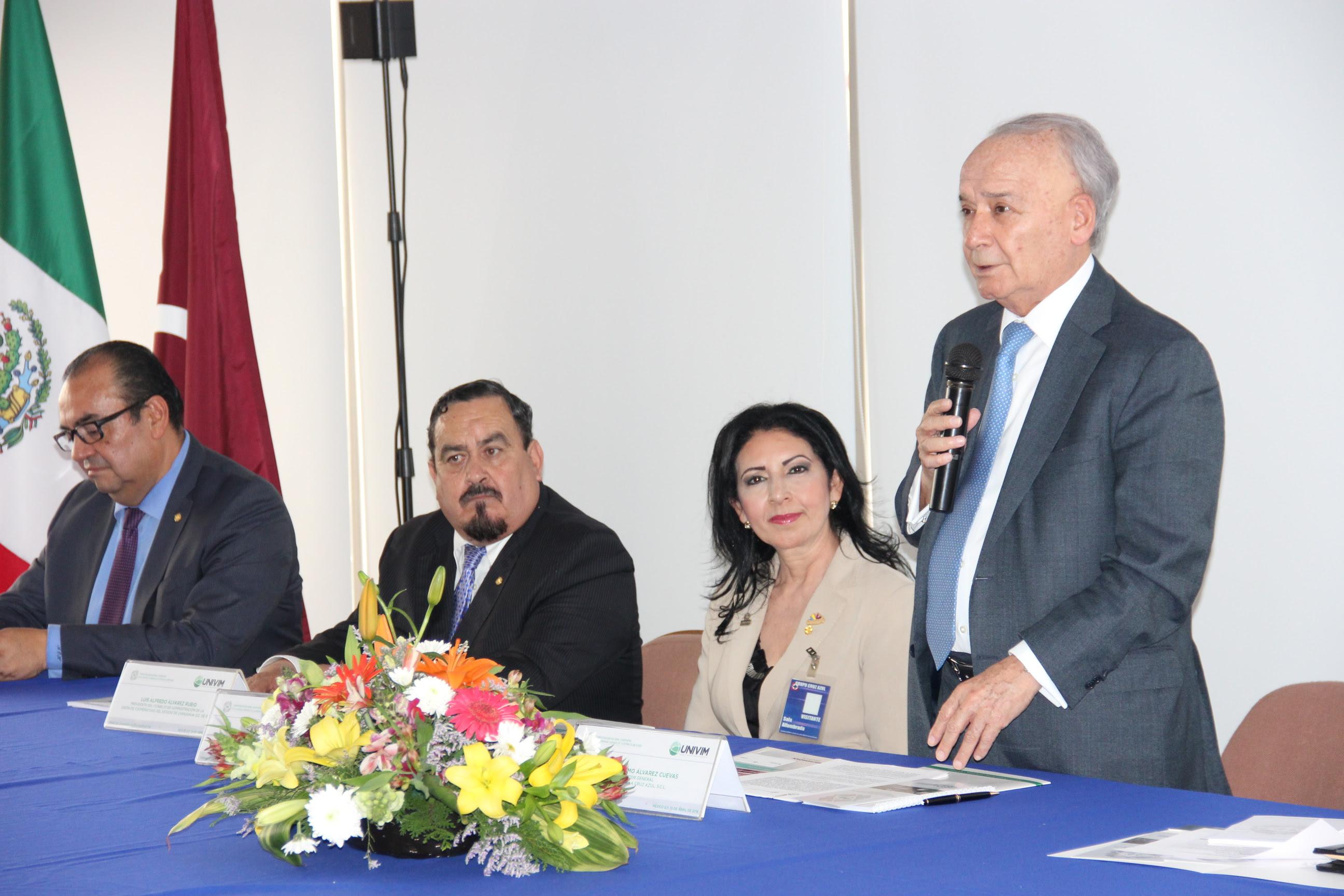 Por su parte, el presidente honorario de la Confederación Nacional Cooperativa, Guillermo Álvarez Cuevas, destacó que esta vinculación tripartita es un parteaguas en la educación cooperativa