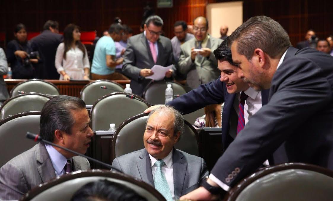 Silva Tejeda destacó que el número de sujetos obligados se incrementa de 245 a 850 a nivel federal, con un fuerte reforzamiento de las sanciones frente al incumplimiento