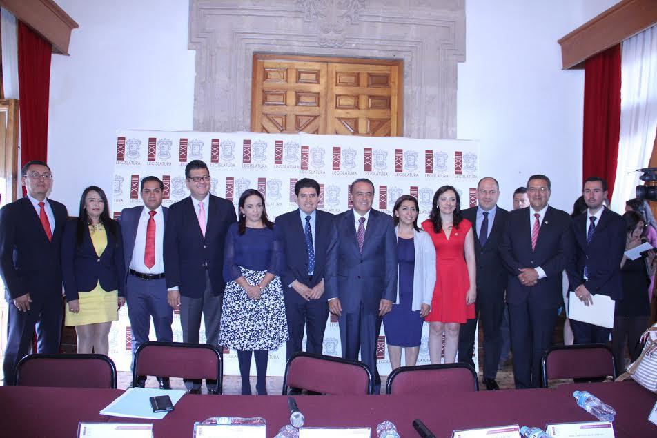 El diputado Pascual Sigala, presidente de la Junta de Coordinación Política del Congreso del Estado fue el  encargado de declarar la instalación formal del Comité