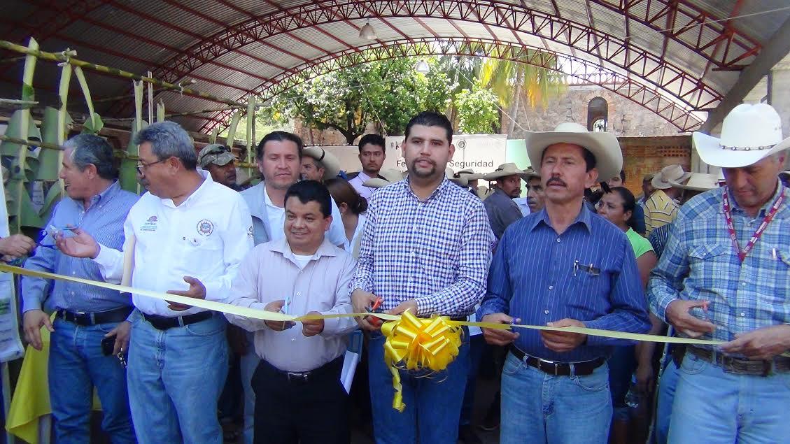 Lo anterior fue informado por Israel Tentory García, Secretario de Desarrollo Rural y Agroalimentario, en Tuzantla, luego de inaugurar la Primera Feria para la Seguridad Nutricional