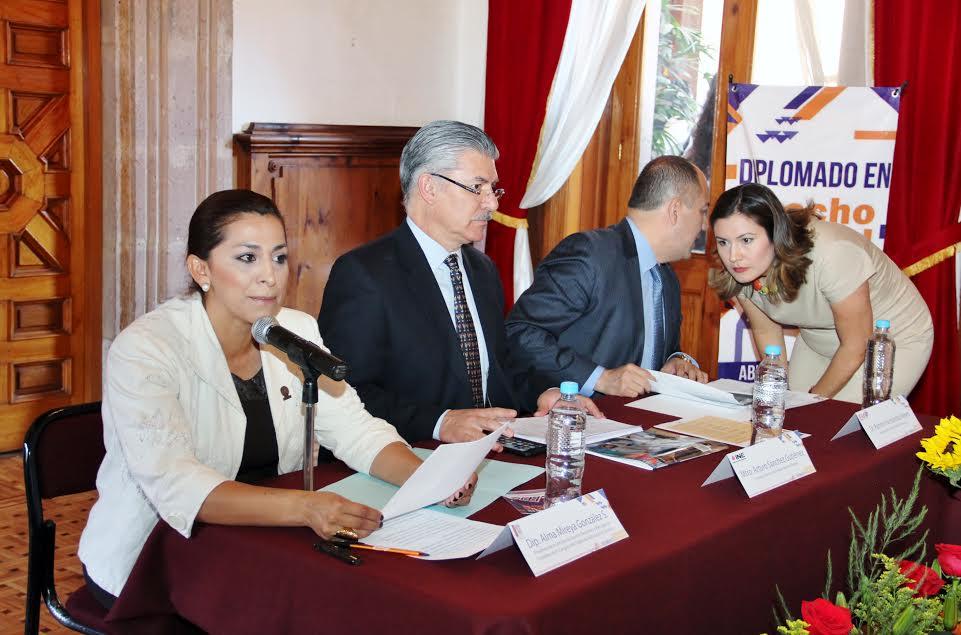 Arturo Sánchez Gutiérrez Consejero Electoral del Instituto Nacional Electoral, ofreció en Morelia conferencia sobre Balance de las Eleccione2015: Aprendizajes y Retos