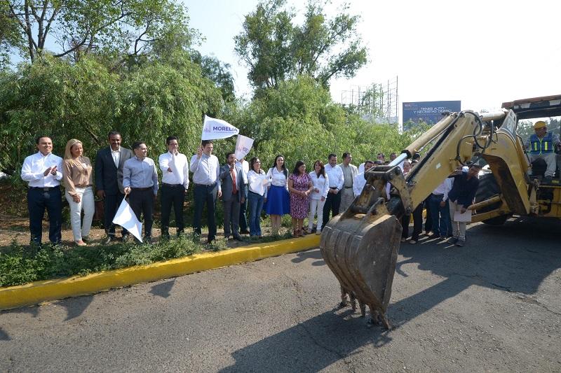 El alcalde también anunció que está en proceso licitatorio el Parque Lineal del río.