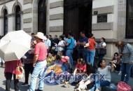 Siguen en Morelia las protestas de un sector del magisterio contra la reforma educativa (FOTO: MARIO REBO)