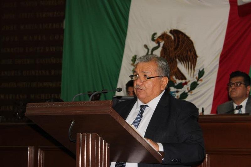El diputado local por el Distrito de Uruapan Norte, afirmó que persiste la deuda ancestral con los grupos étnicos del estado