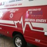 Las llaves de la ambulancia fueron recibidas por la edil de Turicato, Gisela Vázquez Alanís quien reconoció el apoyo que ha tenido de la congresista tacambarense