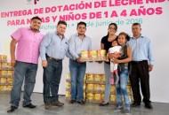 Como parte de la donación de Corporación Nestlé y la Fundación Duerme Tranquilo se entregó el apoyo a familias de Morelia