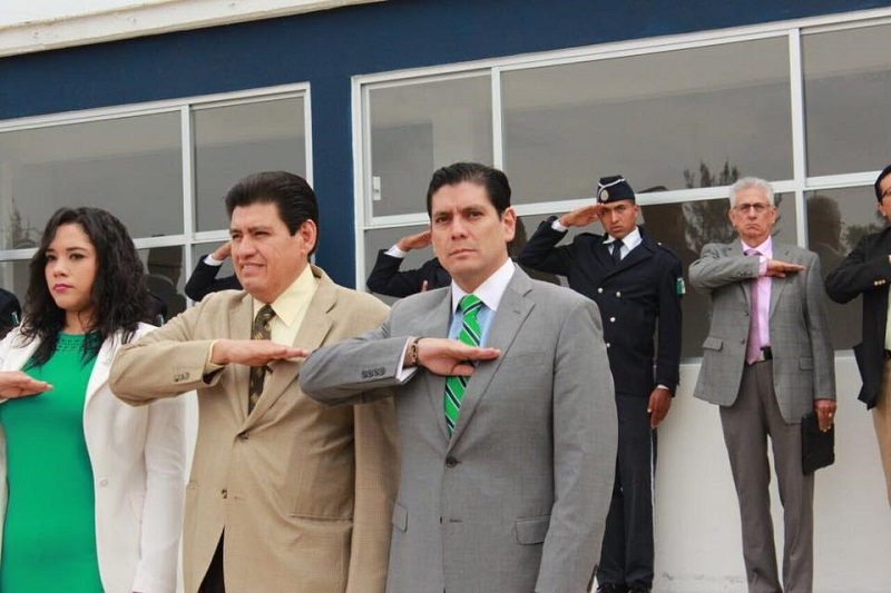 Para colaborar en este proceso se deben facilitar todas las herramientas para una formación integral de los oficiales: Núñez Aguilar