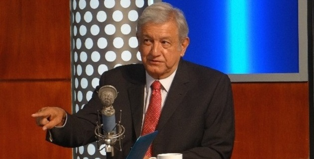 """En la entrevista, López Obrador cambió la postura que durante los últimos años mantuvo con respecto a una eventual alianza con el PRD rumbo a la elección de 2018, al señalar que """"se tendría que analizar"""""""