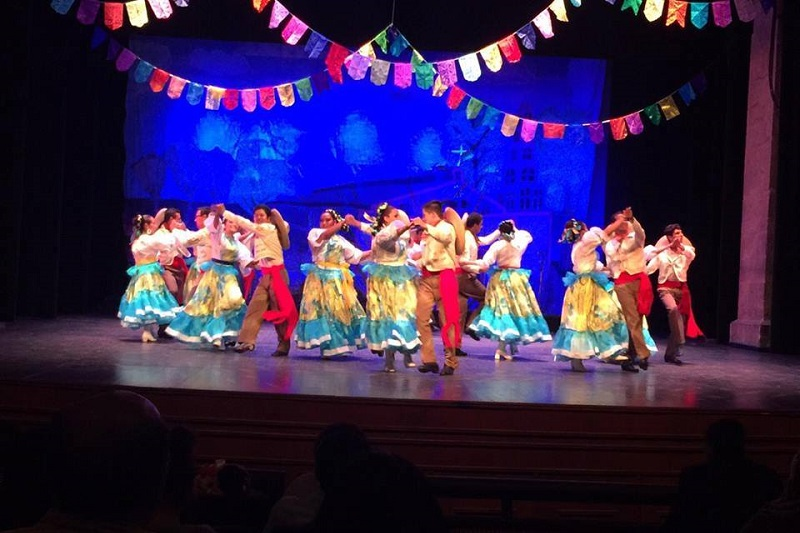 La organización de la Folkloriada 2016 en Michoacán corre a cargo de Ramón Orozco Velázquez, director del Ballet Folklórico Búho Nicolaita