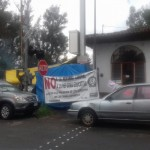 En la carretera federal de Paracho, a la altura de la comunidad de Aranza, se registra un bloque carretero por parte de la CNTE
