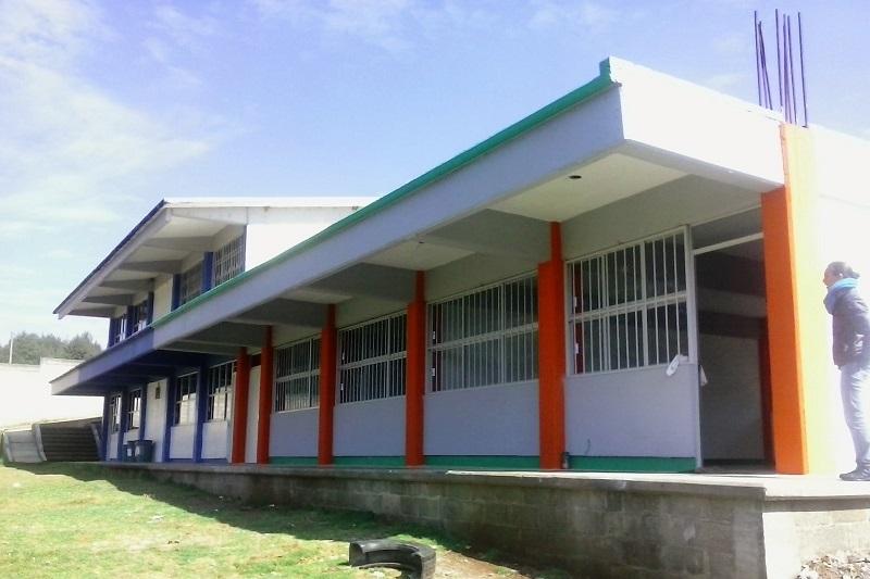 La funcionaria reconoció la determinación de los alcaldes, quienes le han apostado a la educación destinando presupuesto para la construcción y ampliación de obra en los planteles del subsistema