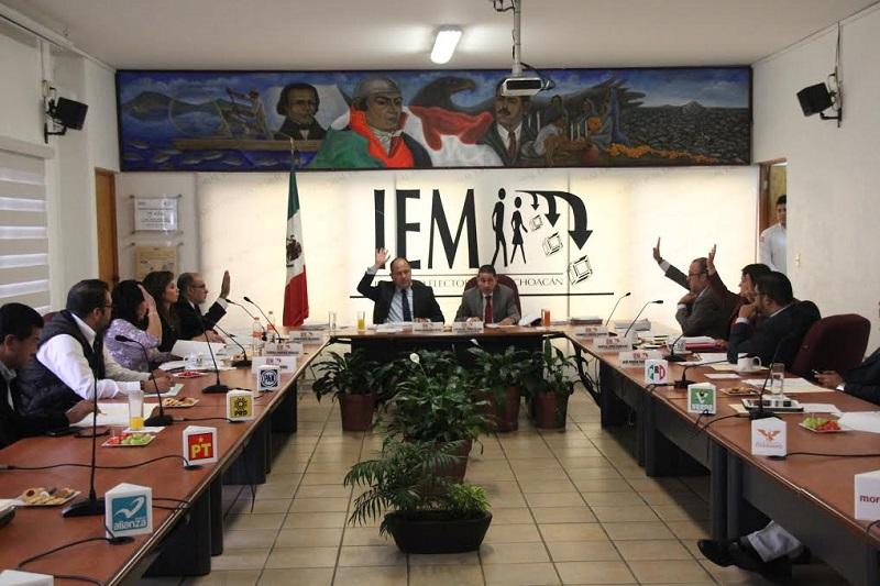 Durante la sesión de este viernes los consejeros presentaron los informes correspondientes a los trabajos realizados el primer cuatrimestre de 2016 en las comisiones que presiden